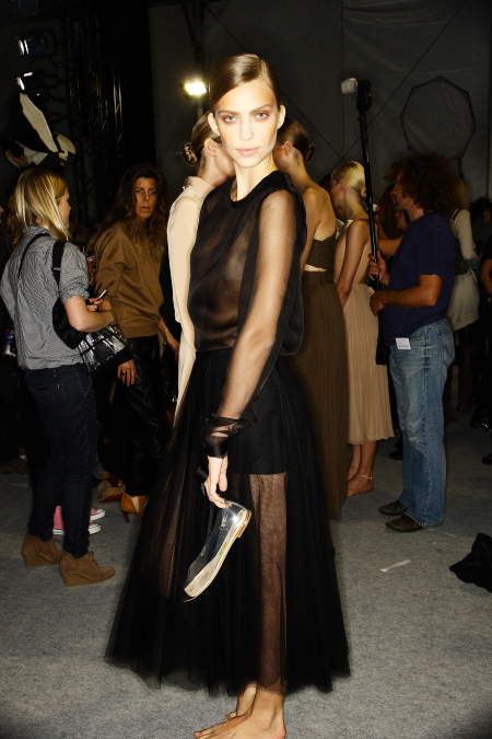 Chlo� SS 2011 Collection Paris Backstage