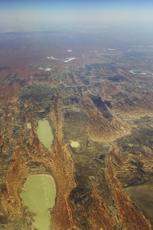 Sydney > Alice Springs