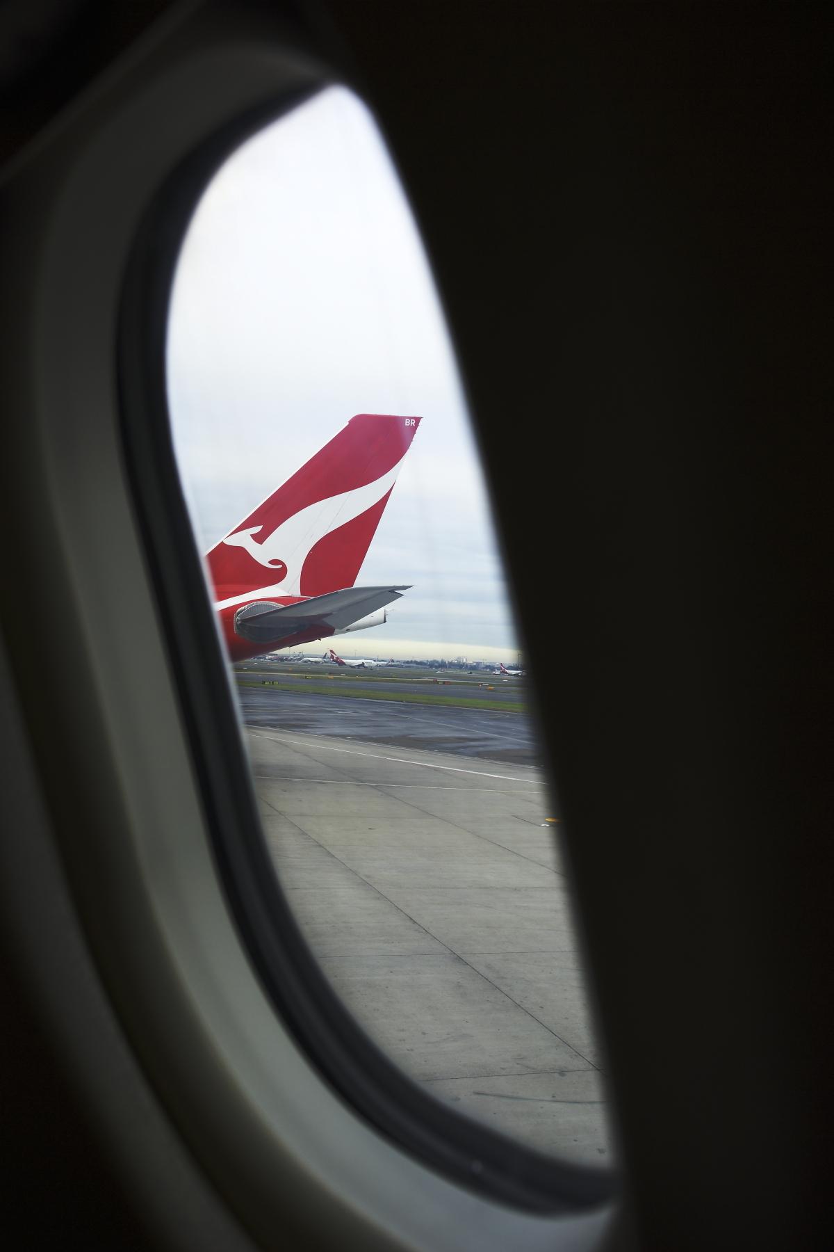 Sydney > Perth