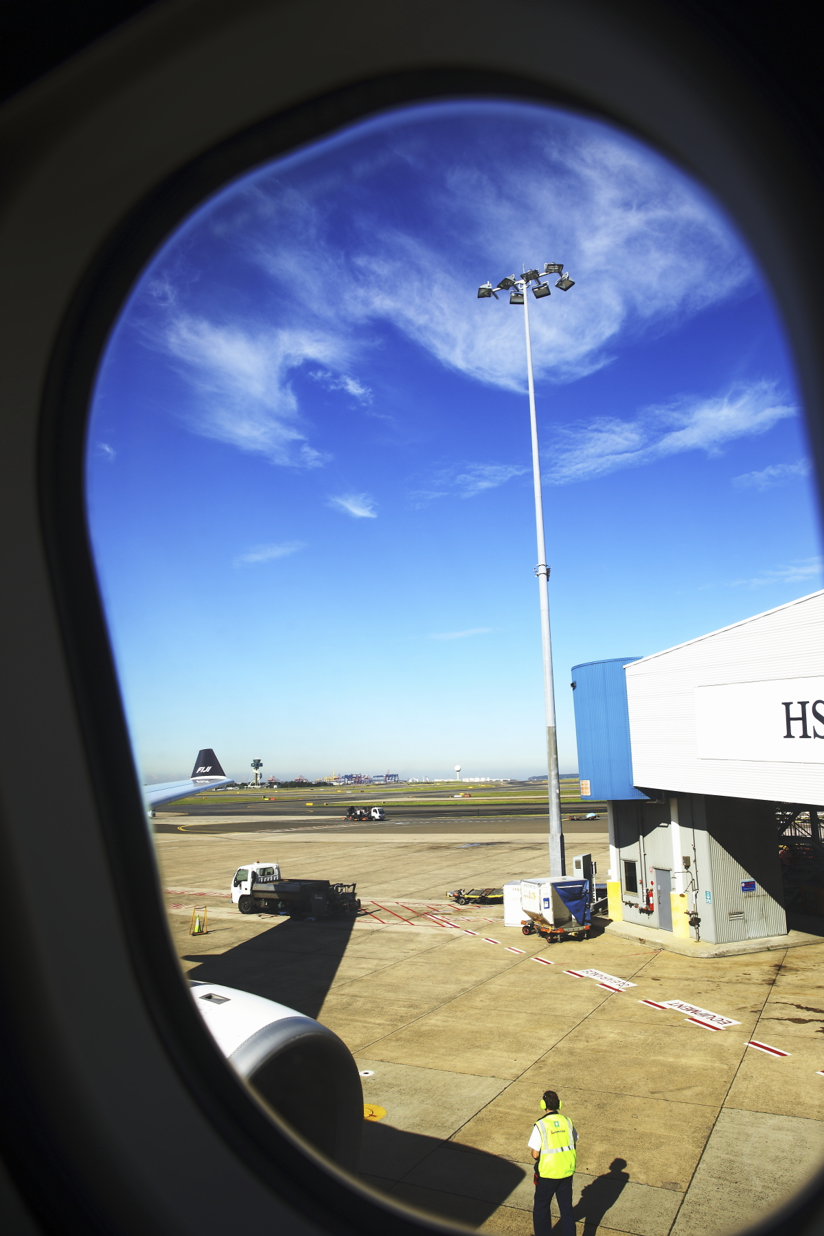 Sydney > Nadi, Fiji FJ910 Leaving Sydney