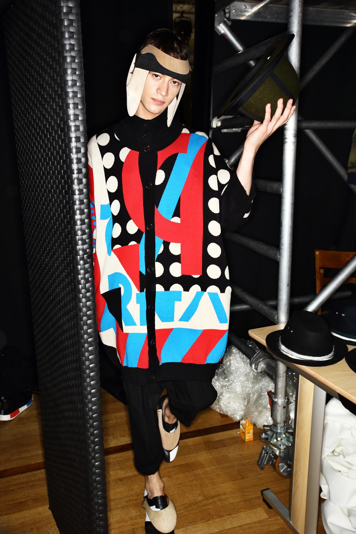 Henrik Vibskov Fall 16 Men Fashion Show Paris Backstage