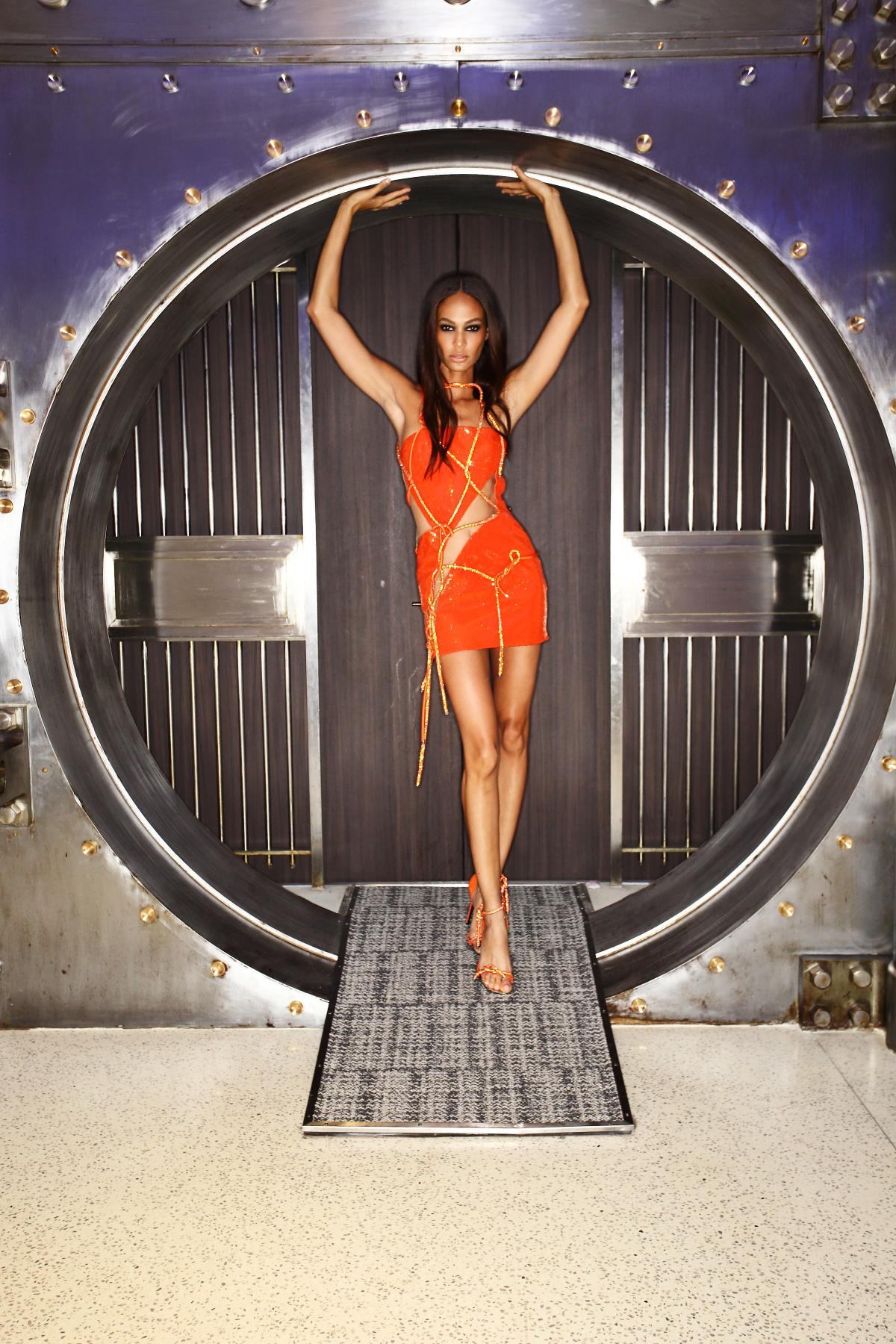 Atelier Versace Spring 16 Haute Couture Show Paris Backstage
