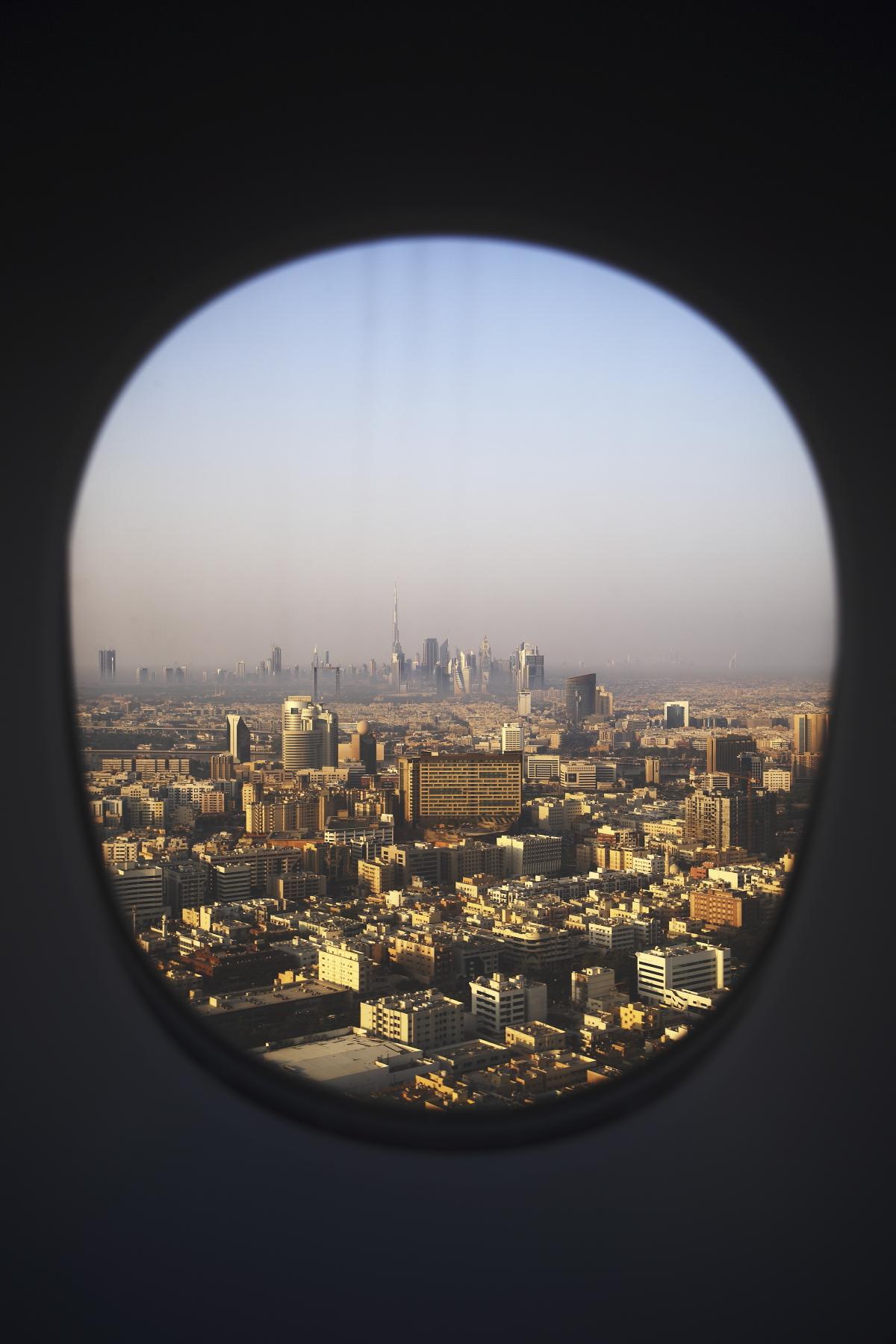 Landing into Dubai