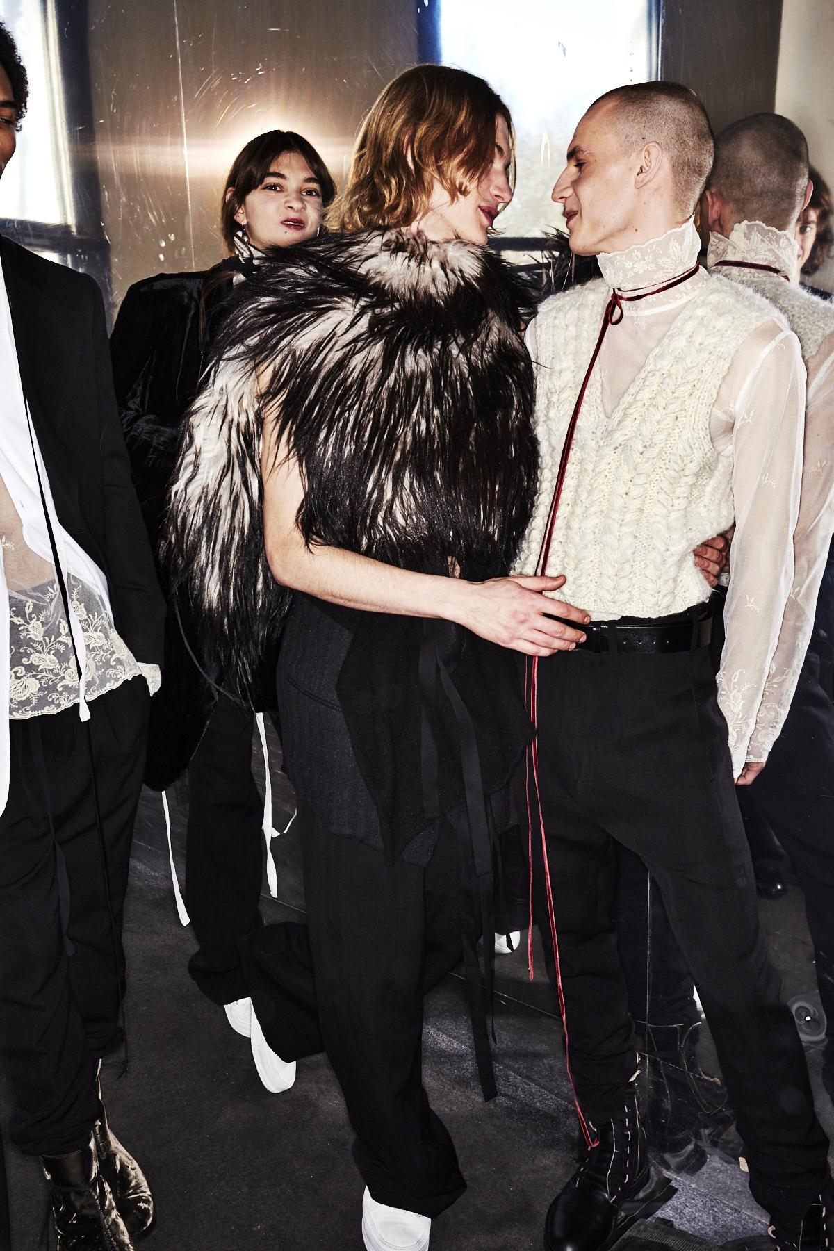 Ann Demeulemeester Fall 17 Men Fashion Show Paris Backstage
