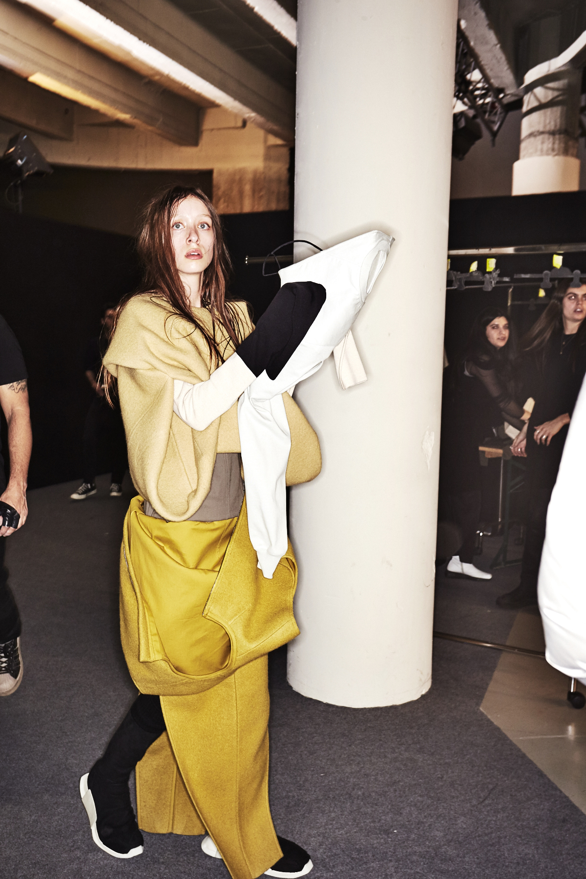 Rick Owens Aw1718 Fashion Show Paris Backstage