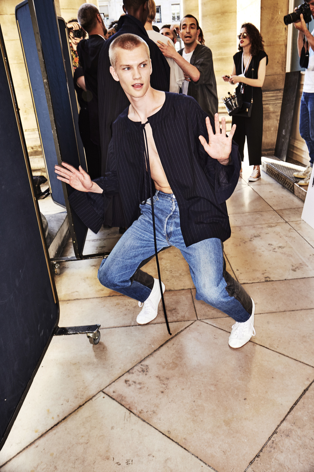 Hed Mayner SS18 Men Fashion Show Paris Backstage
