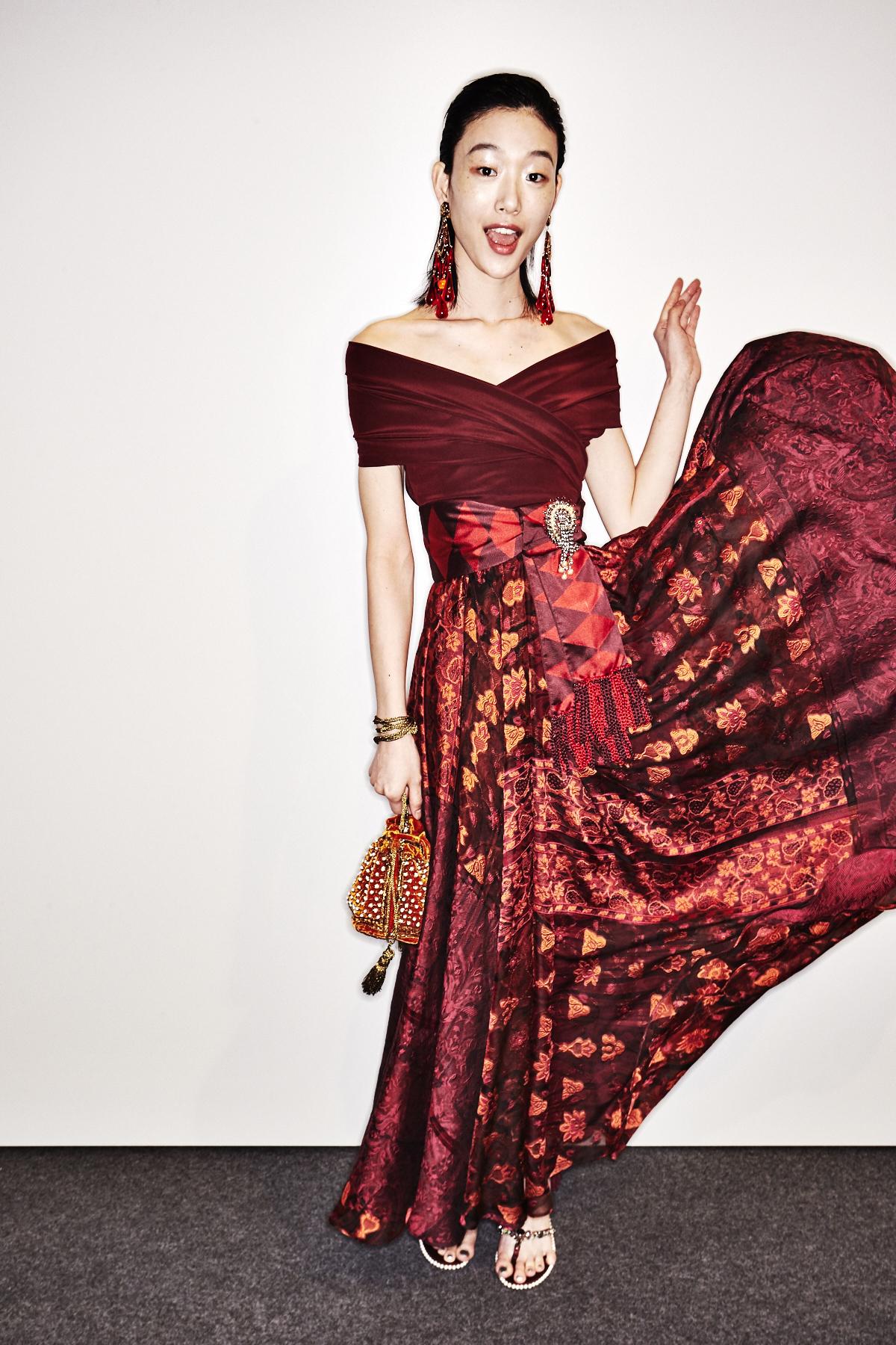 Etro SS18 Fashion Show Milan Backstage