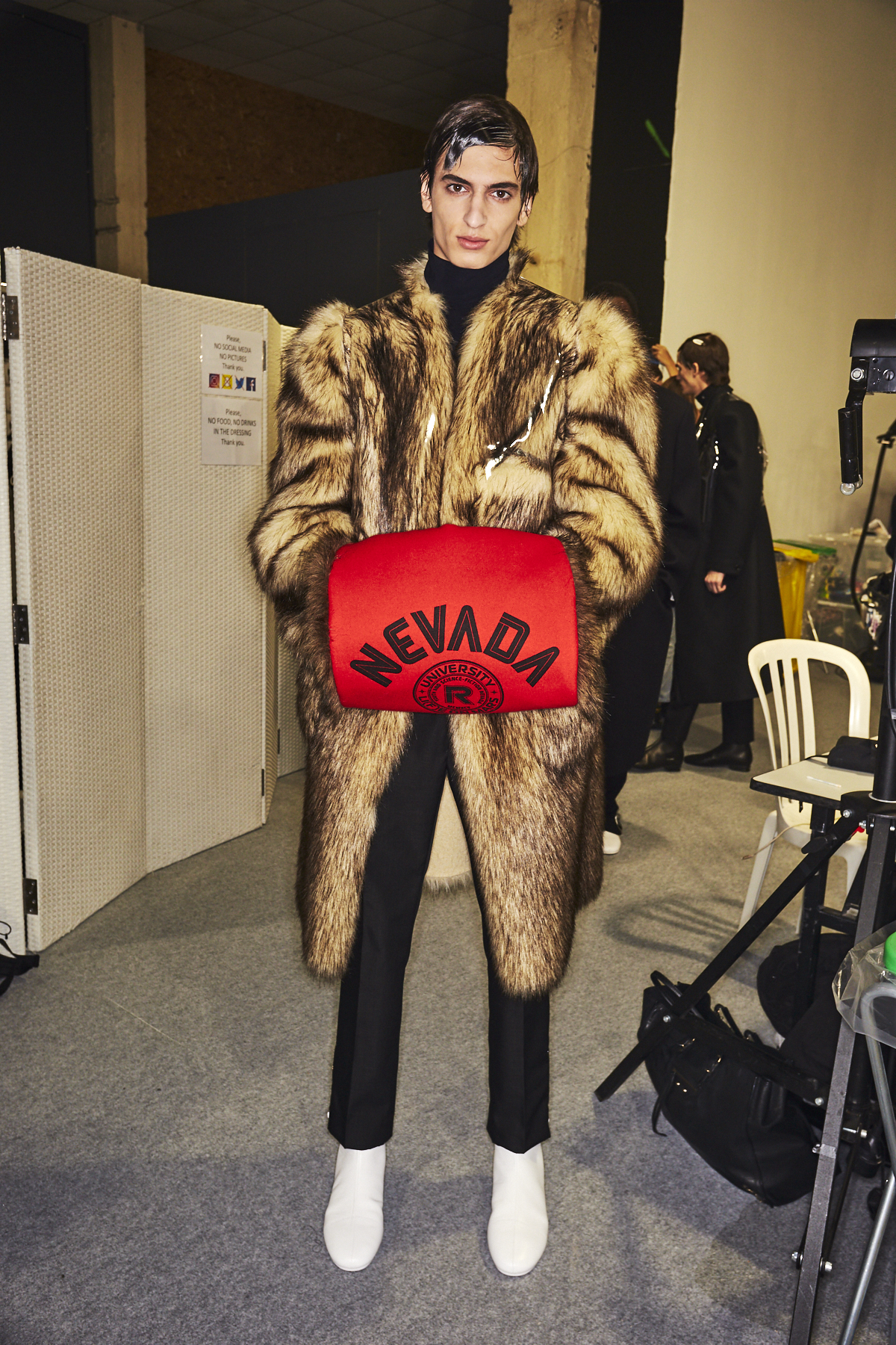 RAF AW2021 Men Fashion Show Paris Backstage