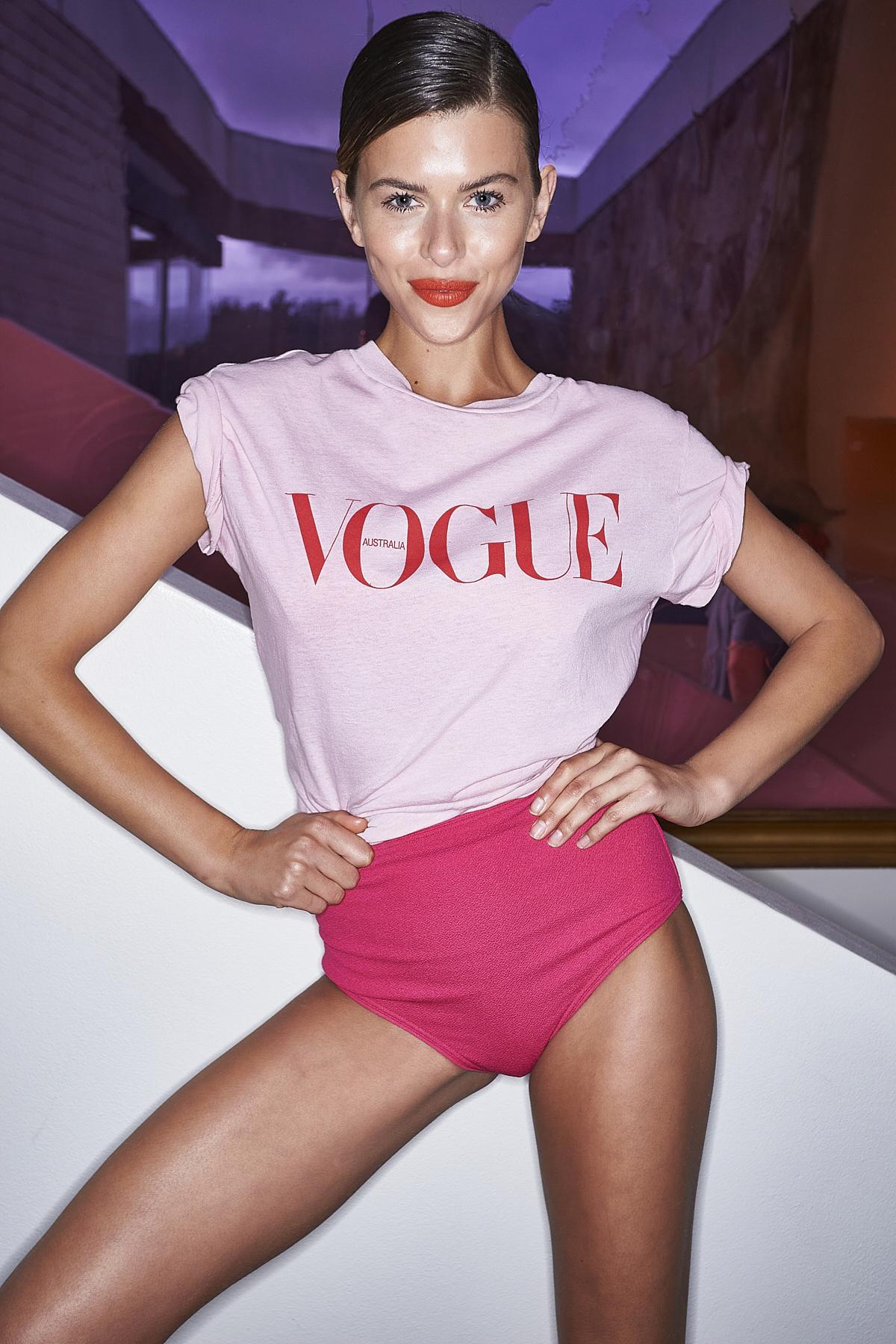 Vogue Fashion Night Out ( 2020 )